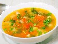 Рецепта Чорба / супа от зелен фасул/боб, морков, чесън, картофи, чушки, домати и джанки